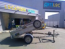ARTILOC: Remorque 1T benne hydraulique + rehausse grillagée + rampe